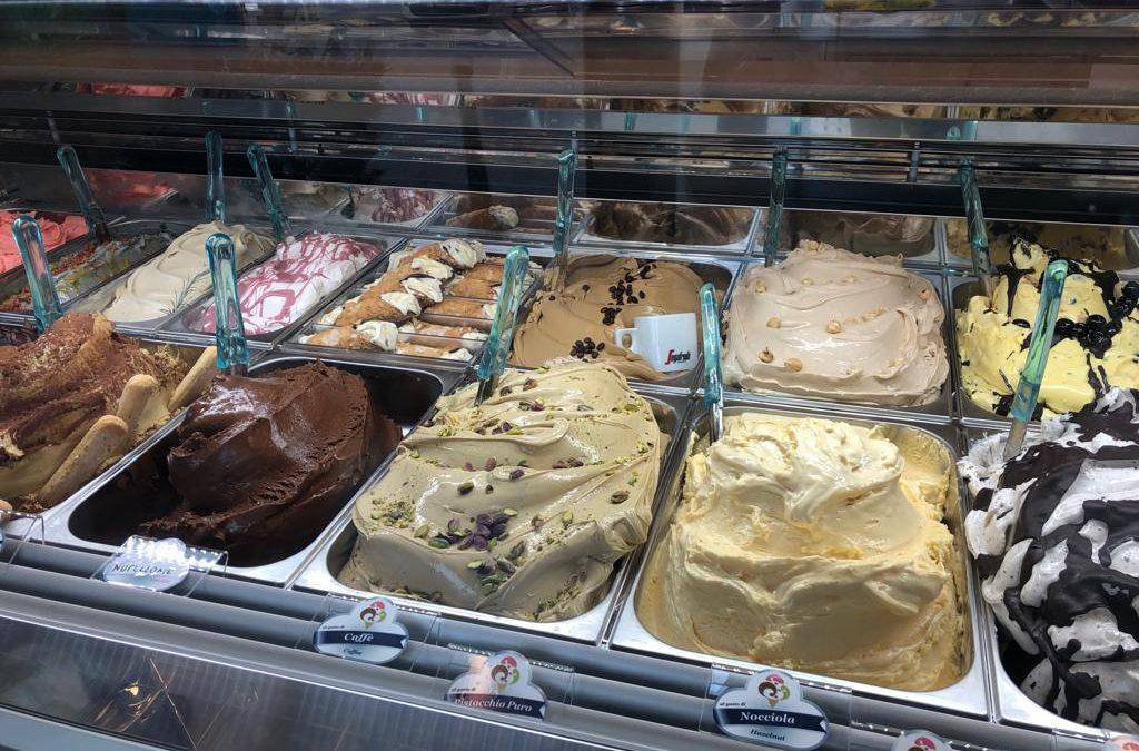 Cerchi una gelateria d'asporto a Varese? Vieni alla Tipica Siciliana!